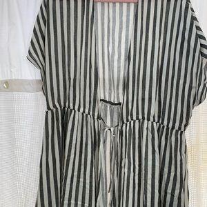 Torrid size 1/2 long kimono duster euc